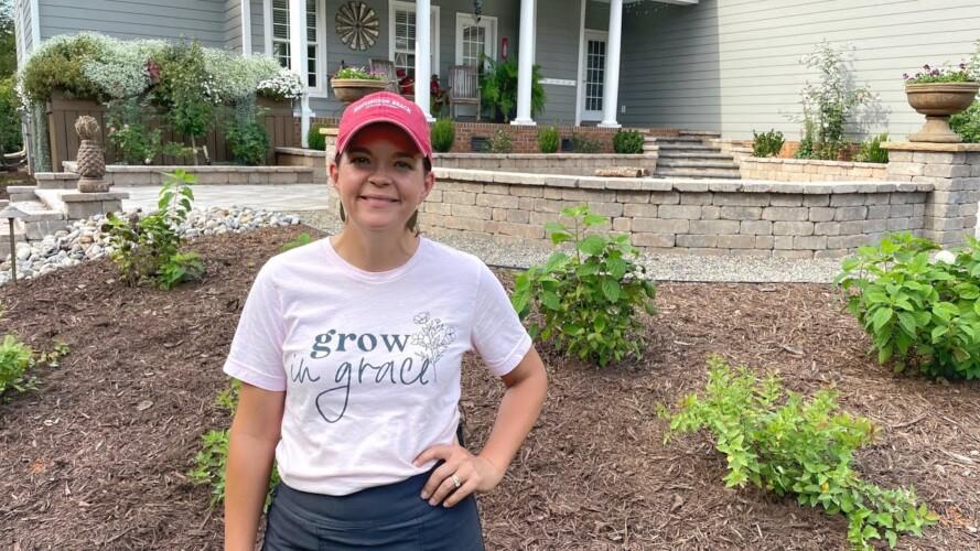 Planting Doozies & Sapphires in the Garden | Gardening with Creekside